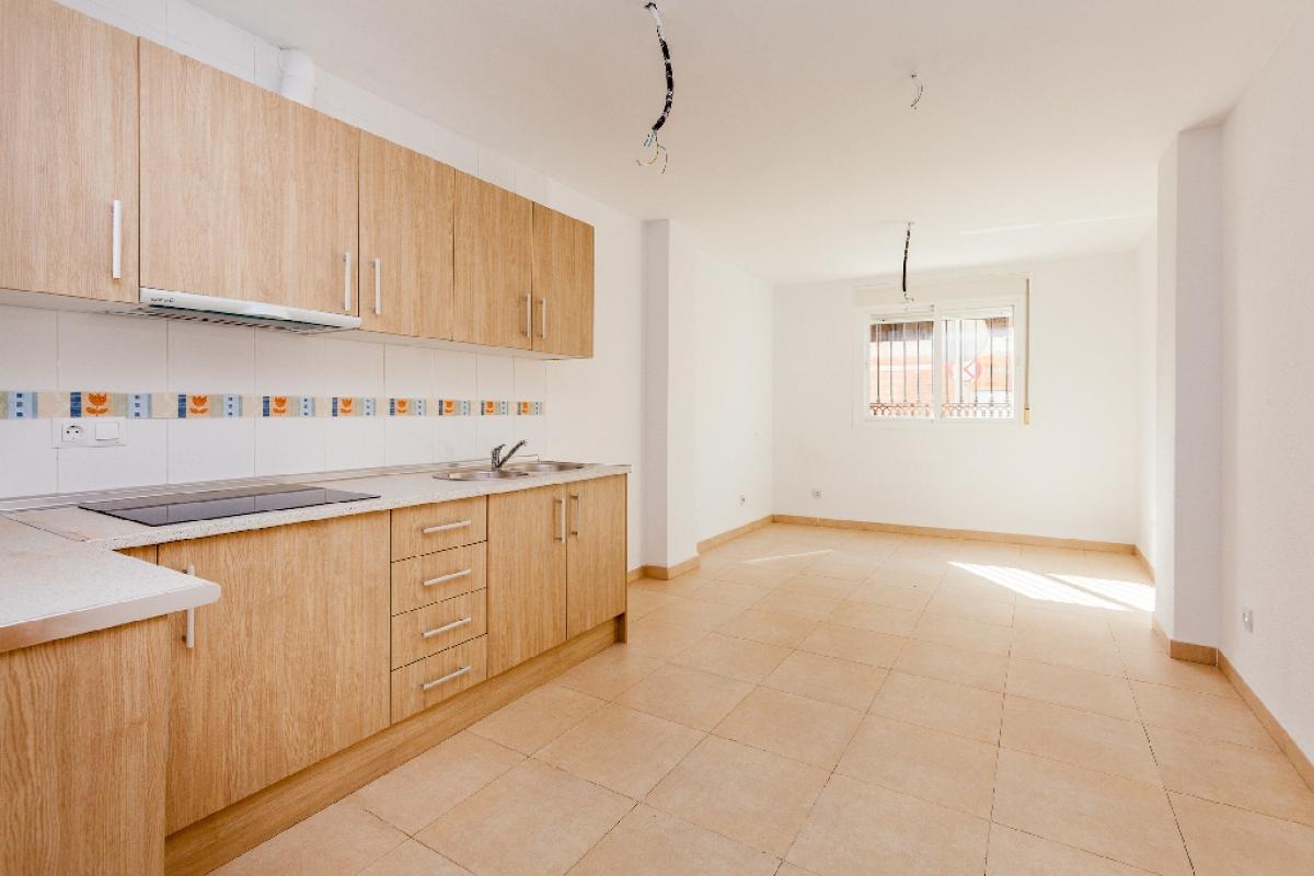 Piso en venta en Roquetas de Mar, Almería, Calle Sant Jose Obrero, 72.000 €, 2 habitaciones, 1 baño, 74 m2