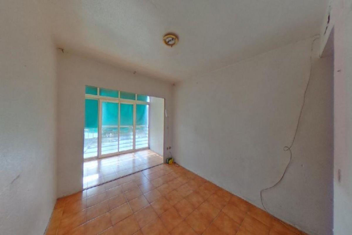 Piso en venta en Els Tolls - Imalsa, Benidorm, Alicante, Avenida Portugal, 32.000 €, 1 habitación, 1 baño, 30 m2