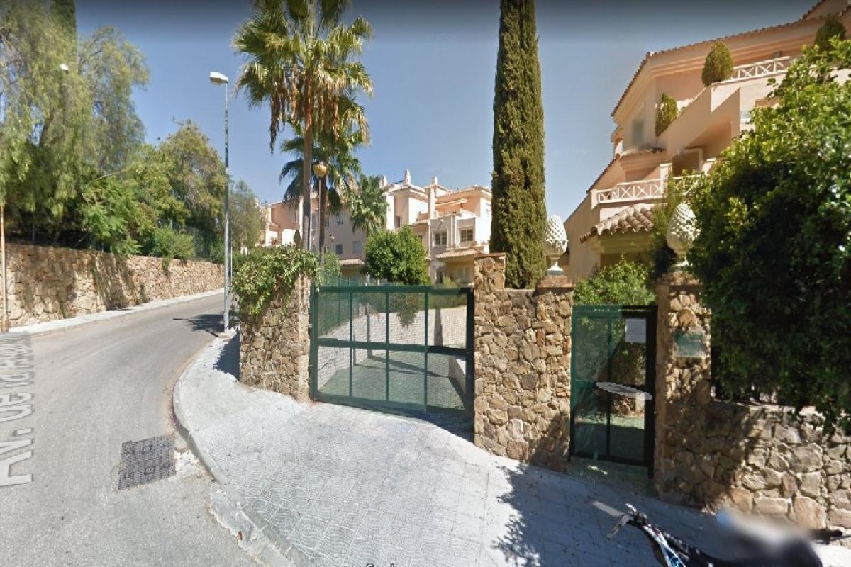 Parking en venta en Parking en Marbella, Málaga, 5.300 €, 18 m2