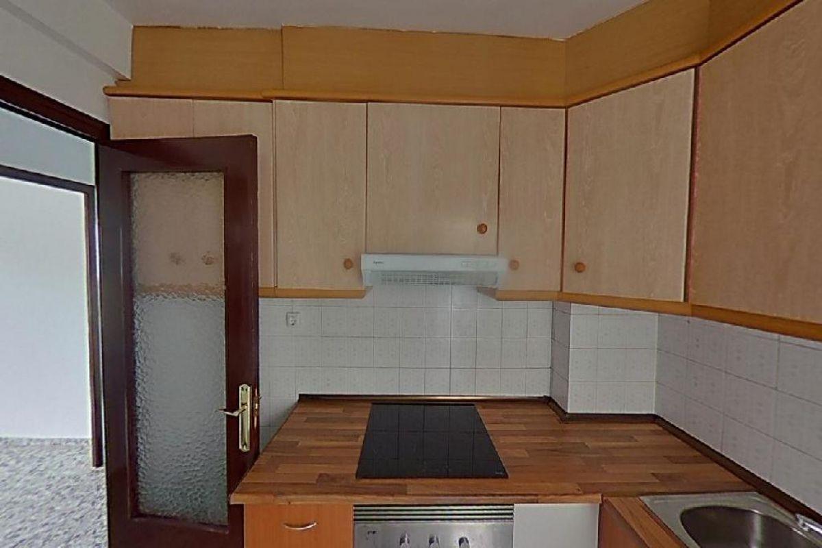 Piso en venta en Piso en Yecla, Murcia, 48.000 €, 4 habitaciones, 2 baños, 124 m2