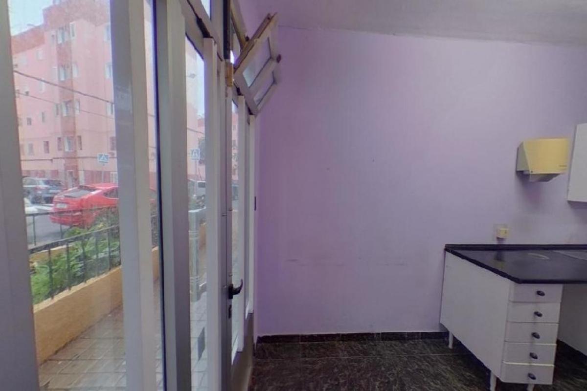 Local en venta en Local en la Palmas de Gran Canaria, Las Palmas, 60.000 €, 82 m2
