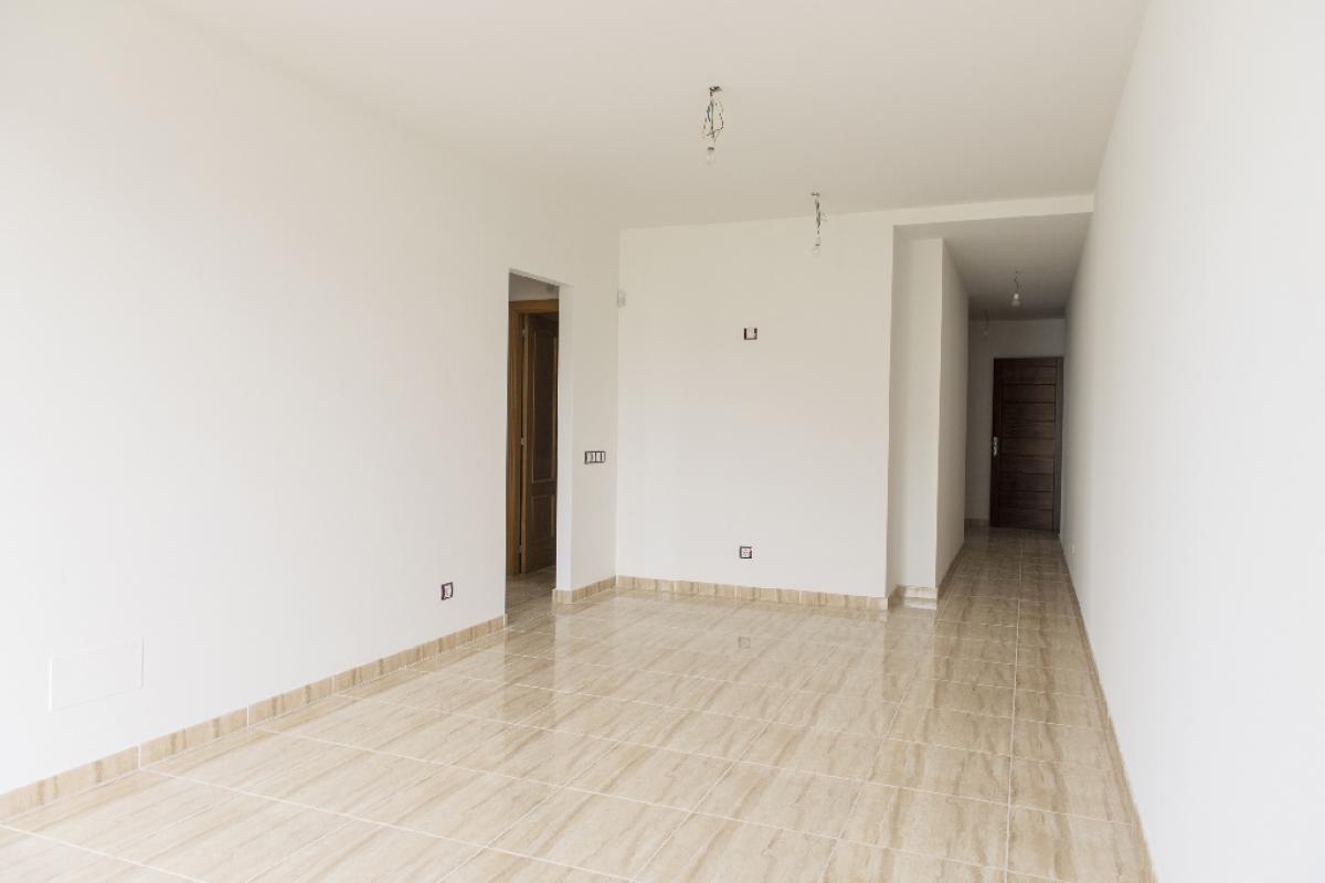 Piso en venta en Piso en Arucas, Las Palmas, 156.500 €, 3 habitaciones, 2 baños, 100 m2