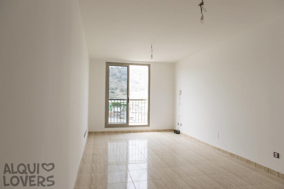 Piso en venta en Arucas, Las Palmas, Avenida Agustin Millares Carlo, 163.500 €, 3 habitaciones, 2 baños, 100 m2