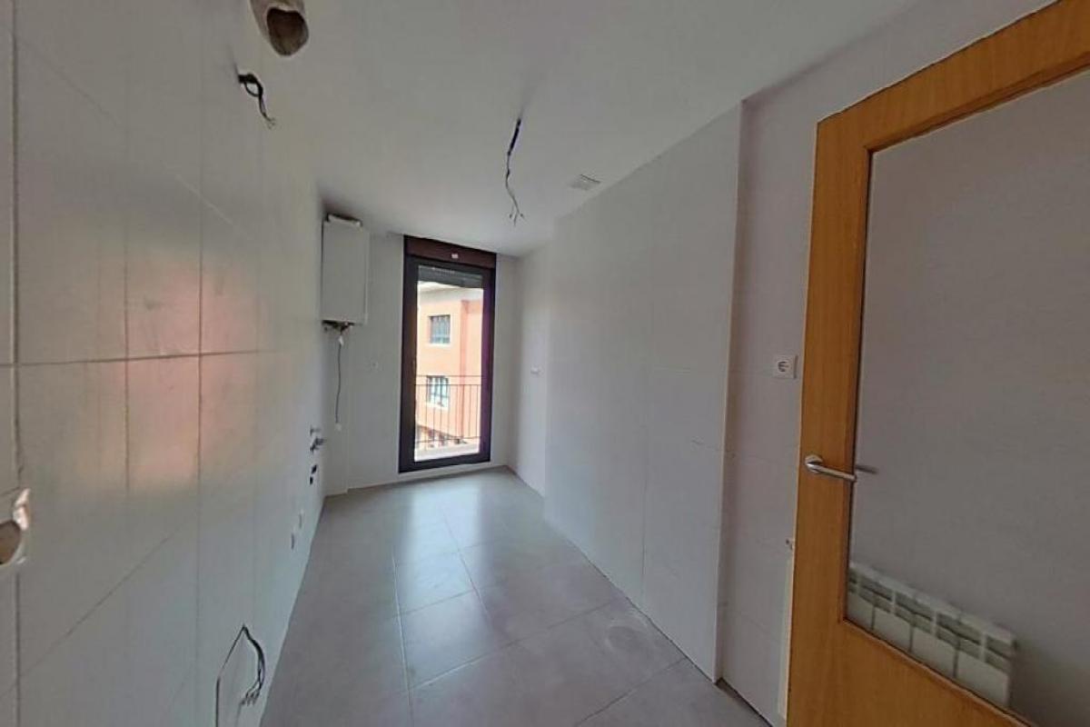 Piso en venta en Piso en Cascante, Navarra, 89.700 €, 2 habitaciones, 2 baños, 73 m2