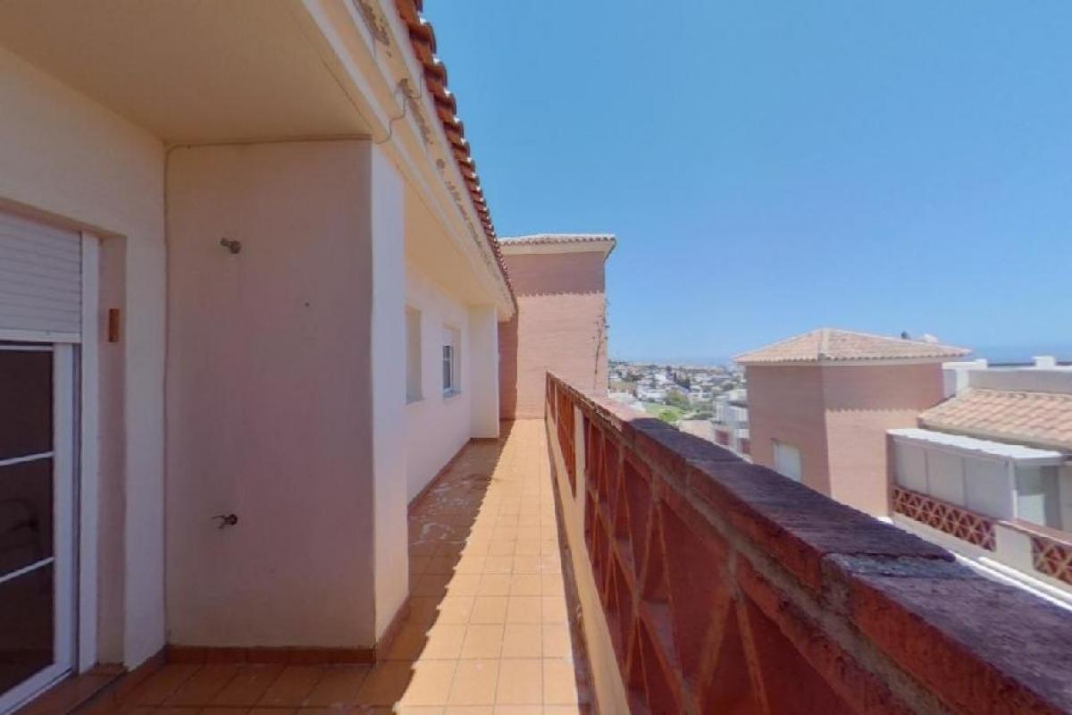 Piso en venta en Piso en Benalmádena, Málaga, 177.000 €, 2 habitaciones, 2 baños, 82 m2