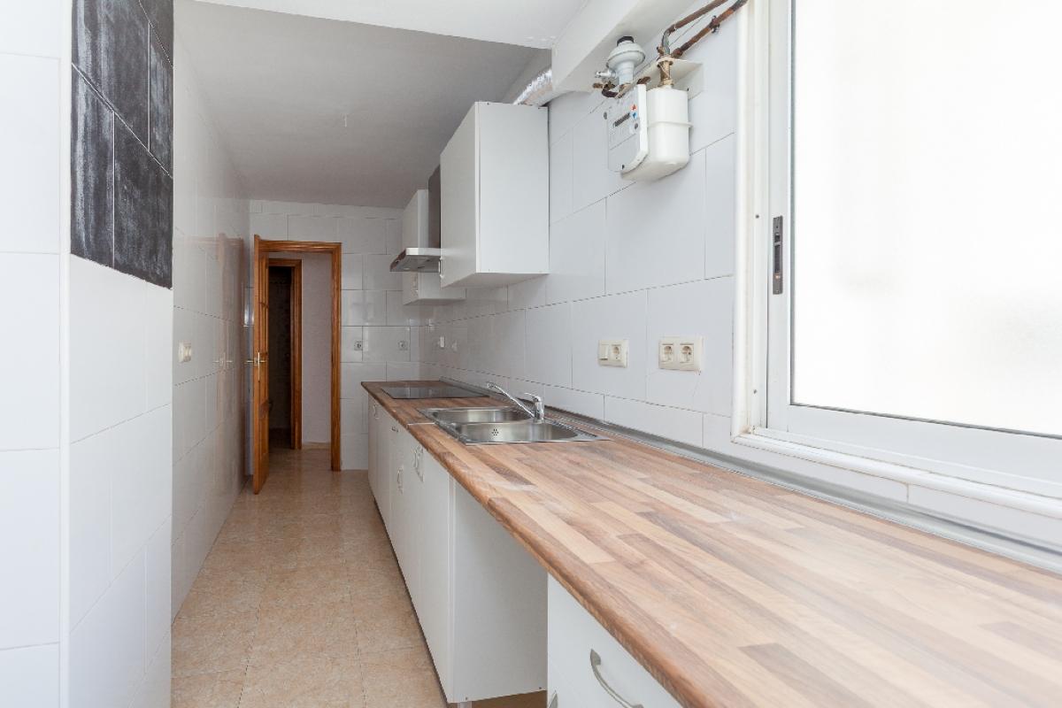 Piso en venta en Benidorm, Alicante, Calle Sant Ramon, 83.000 €, 3 habitaciones, 1 baño, 75 m2