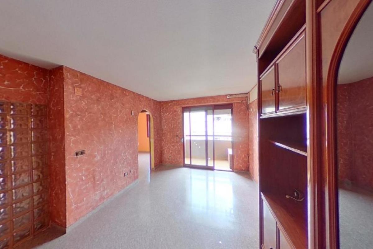 Piso en venta en Parque de la Avenidas, Alicante/alacant, Alicante, Calle Medico Vicente Reyes.edificio los Olmos, 181.000 €, 3 habitaciones, 2 baños, 92 m2
