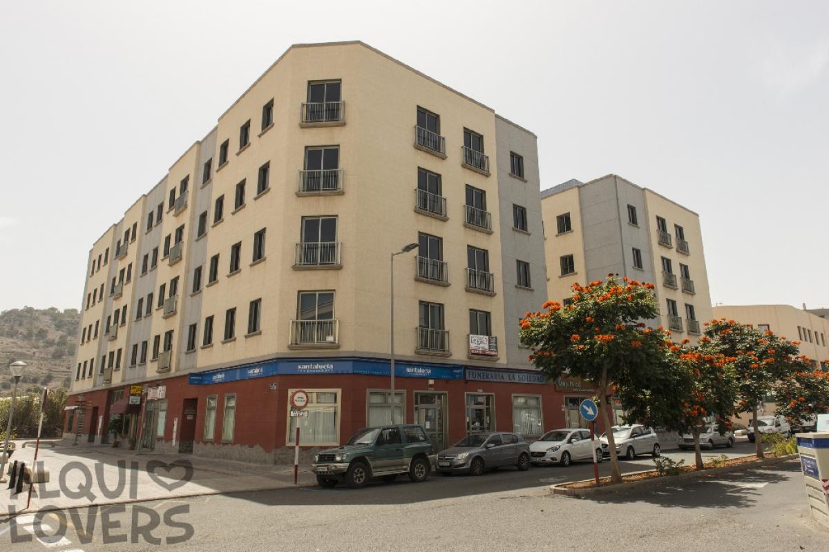 Piso en venta en Visvique, Arucas, Las Palmas, Avenida Agustin Millares Carlo, 111.000 €, 2 habitaciones, 1 baño, 69 m2