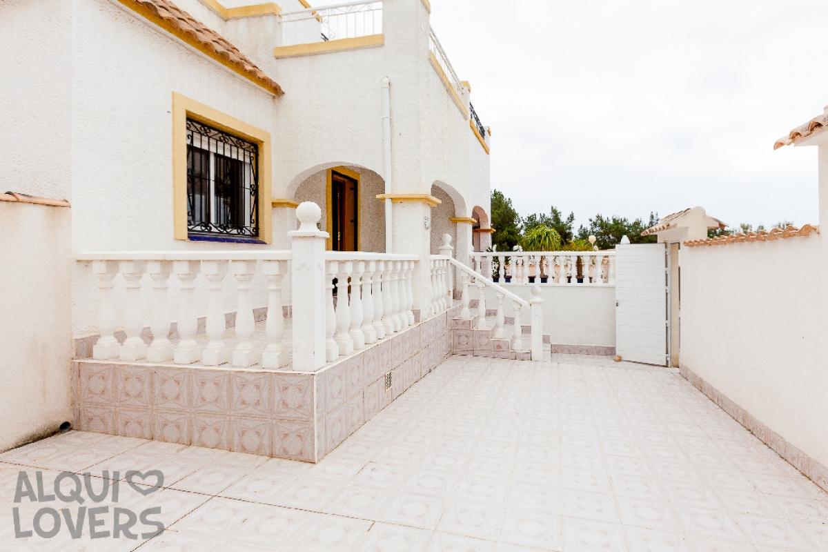 Casa en venta en Orihuela Costa, Orihuela, Alicante, Calle Dream Hills, 135.500 €, 83 m2