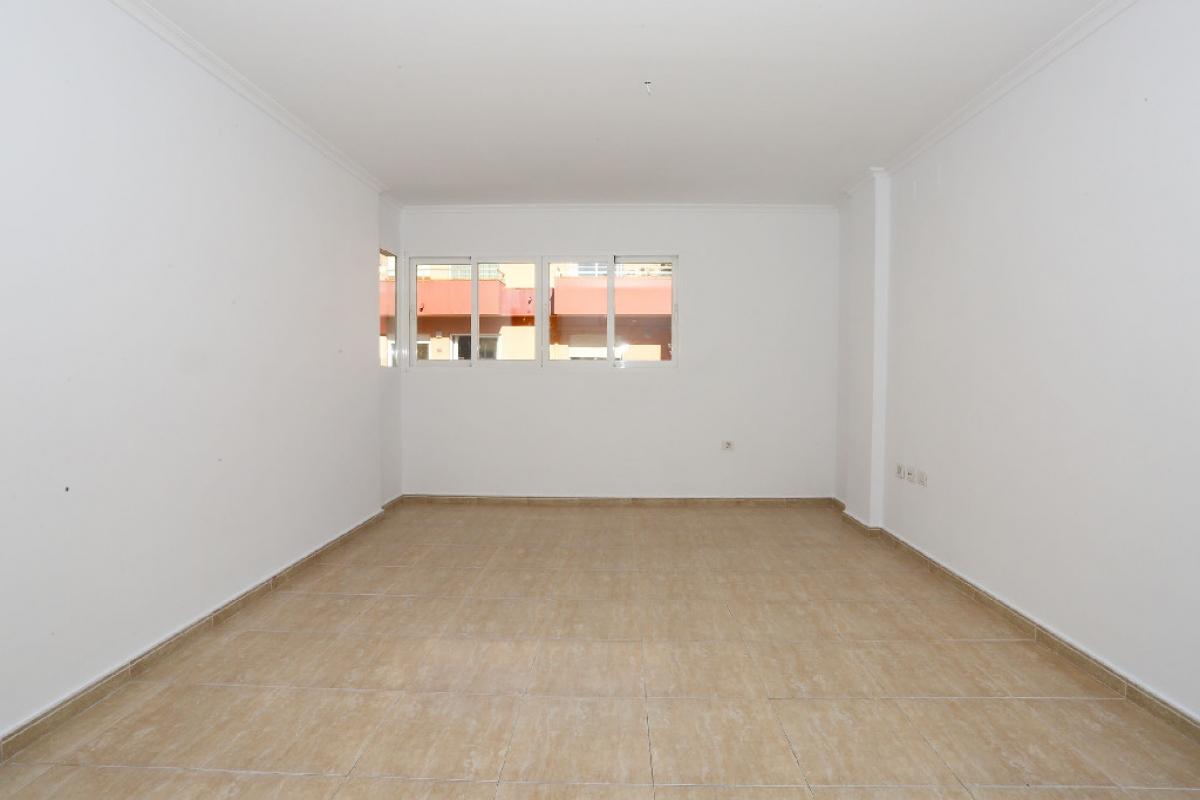 Piso en venta en Pamis, Ondara, Alicante, Calle Verge de la Soledat, 77.000 €, 3 habitaciones, 2 baños, 103 m2