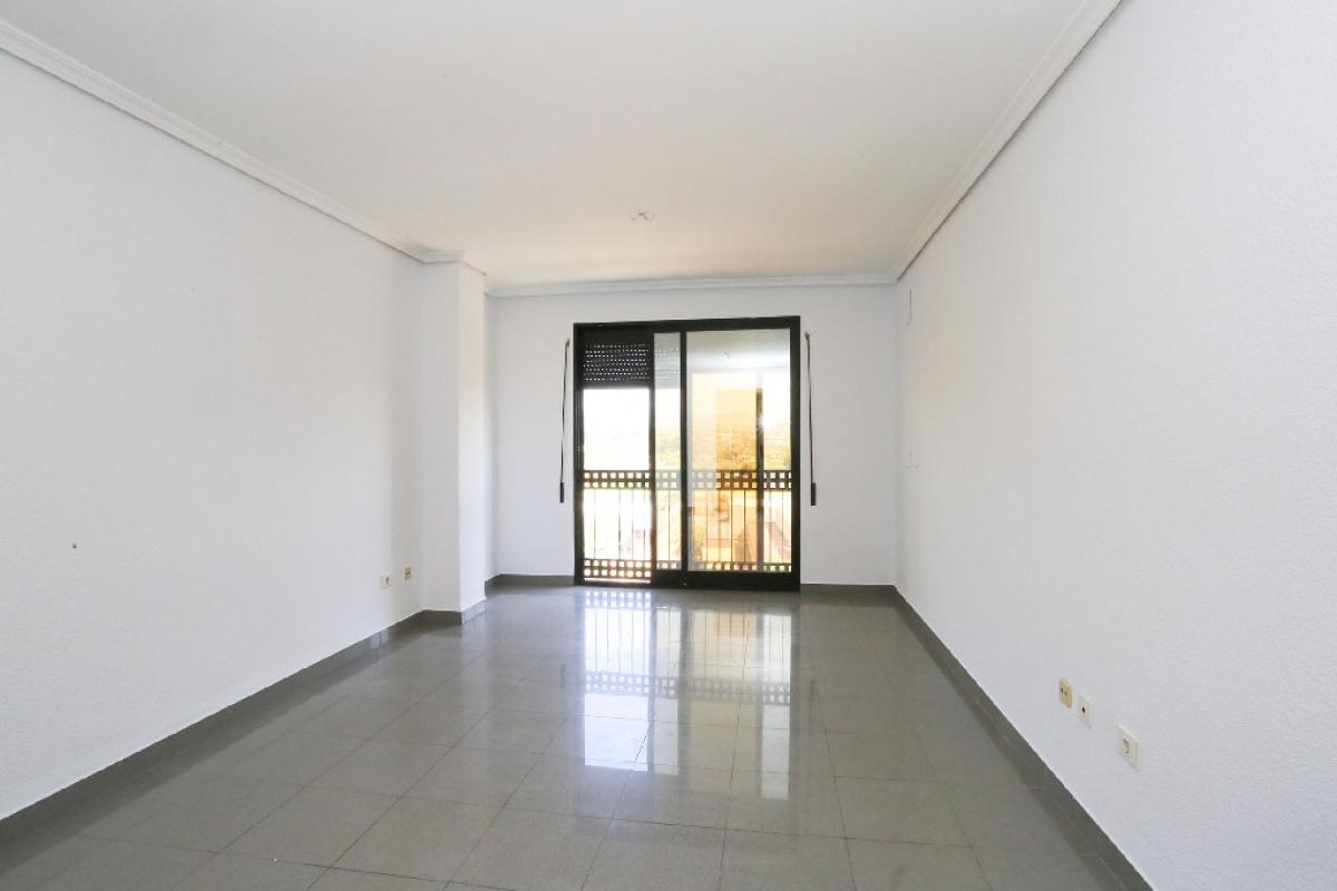 Piso en venta en Urbanización Nueva Onda, Onda, Castellón, Calle Argelita, 92.500 €, 3 habitaciones, 2 baños, 110 m2