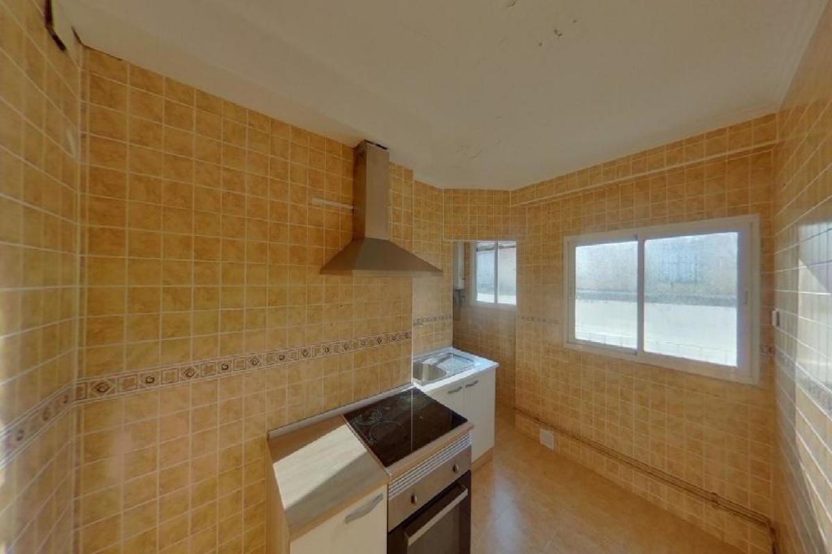 Piso en venta en Piso en Benetússer, Valencia, 60.500 €, 3 habitaciones, 1 baño, 75 m2