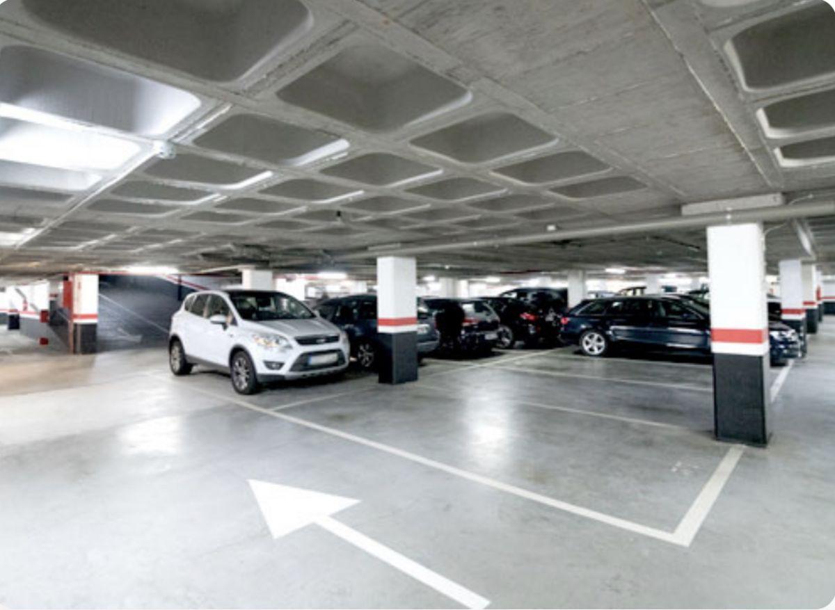 Parking en venta en Ciudad Jardín - Loruri, Bilbao, Vizcaya, Calle Henao, 34.125 €, 26 m2