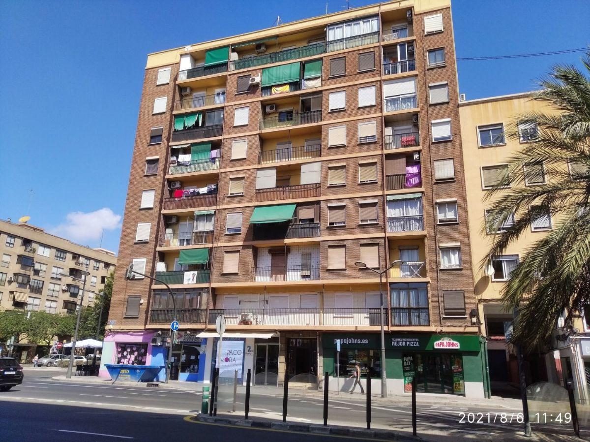 Piso en venta en Ciutat Vella, Valencia, Valencia, Avenida Doctor Peset Aleixandre, 90.500 €, 3 habitaciones, 1 baño, 72 m2