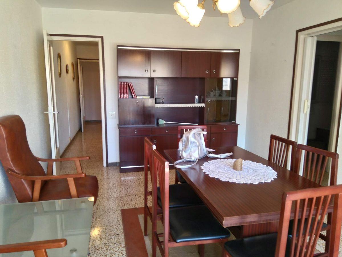 Piso en venta en Sant Martí Sarroca, Barcelona, Rambla Catalunya, 78.900 €, 3 habitaciones, 1 baño, 82 m2