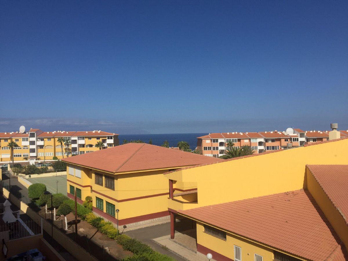 Piso en venta en Playa San Juan, Guía de Isora, Santa Cruz de Tenerife, Calle Mar de Leva, 168.000 €, 2 habitaciones, 1 baño