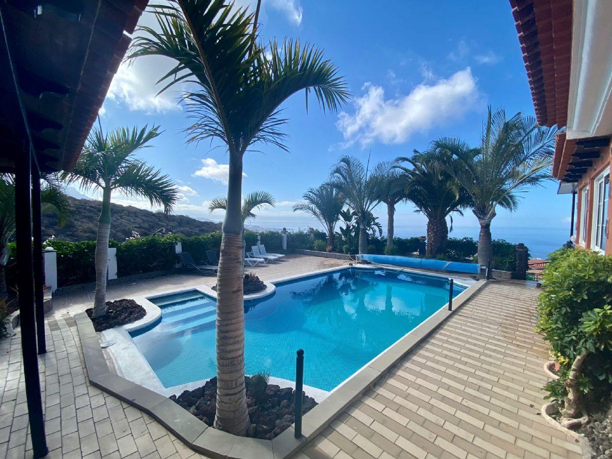 Casa en venta en 46658, Adeje, Santa Cruz de Tenerife, Calle Curte Baja, 840.000 €, 6 habitaciones, 3 baños, 500 m2