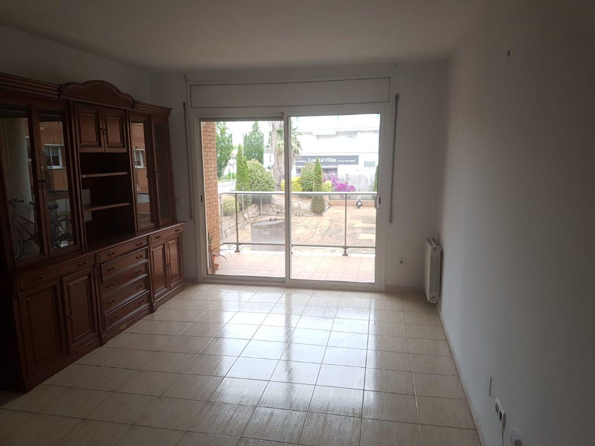 Piso en venta en 83701, Lloret de Mar, Girona, Calle Ciutat de la Paz, 167.000 €, 3 habitaciones, 2 baños, 85 m2