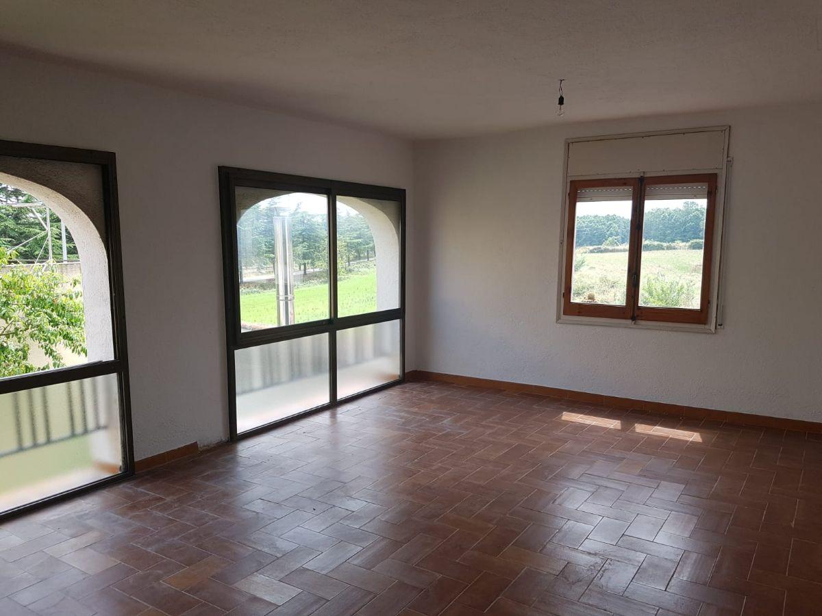 Casa en venta en 49917, Sils, Girona, Calle Campanar, 204.000 €, 5 habitaciones, 2 baños, 230 m2