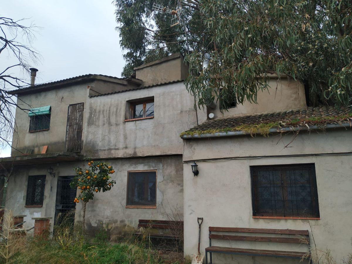 Casa en venta en Riudarenes, Girona, Perdiz, 120.000 €, 5 habitaciones, 2 baños, 216 m2