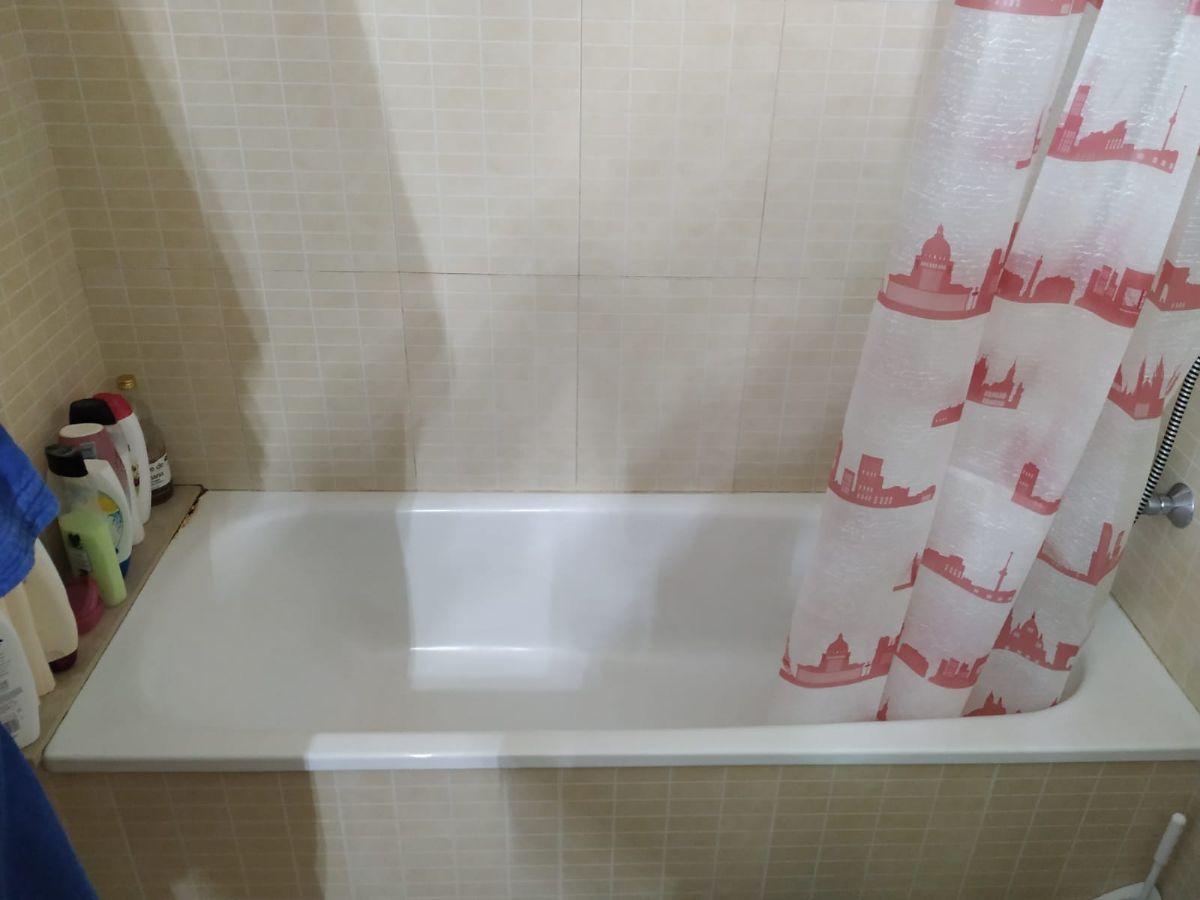 Piso en venta en Piso en Sils, Girona, 129.900 €, 3 habitaciones, 1 baño, 70 m2, Garaje
