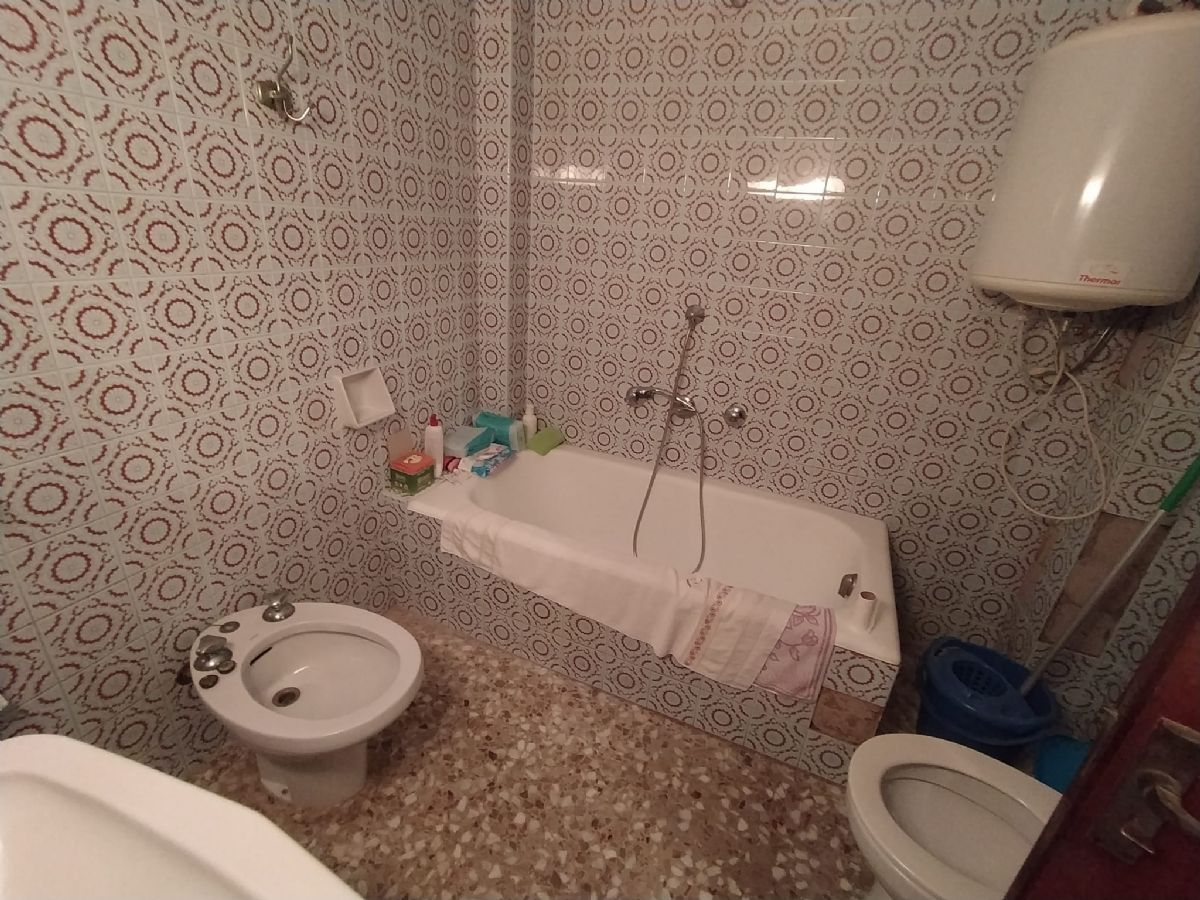 Piso en venta en Piso en Geldo, Castellón, 35.000 €, 3 habitaciones, 1 baño, 70 m2