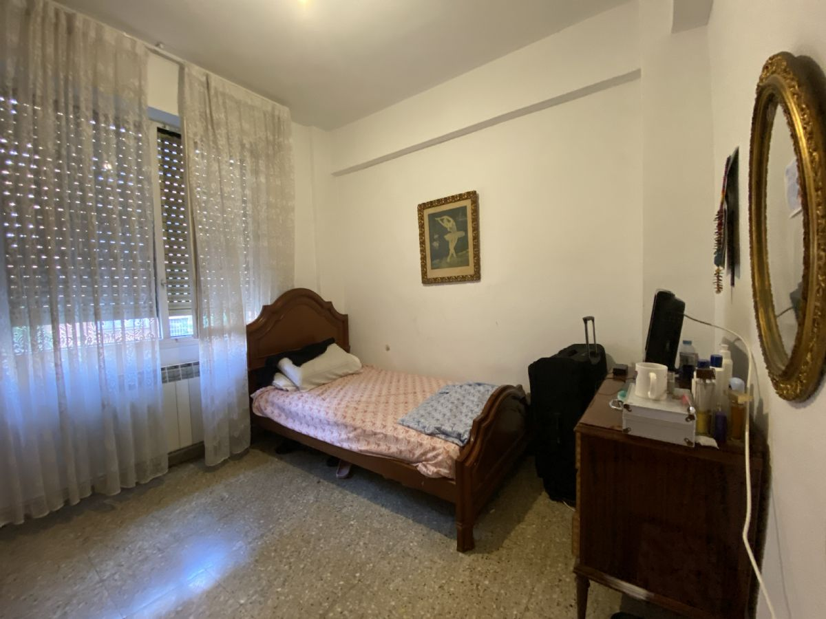 Piso en venta en Piso en Logroño, La Rioja, 129.000 €, 3 habitaciones, 1 baño, 99 m2