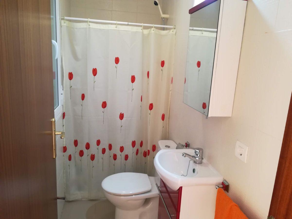 Casa en venta en Casa en Cáceres, Cáceres, 153.000 €, 4 habitaciones, 2 baños, 140 m2, Garaje