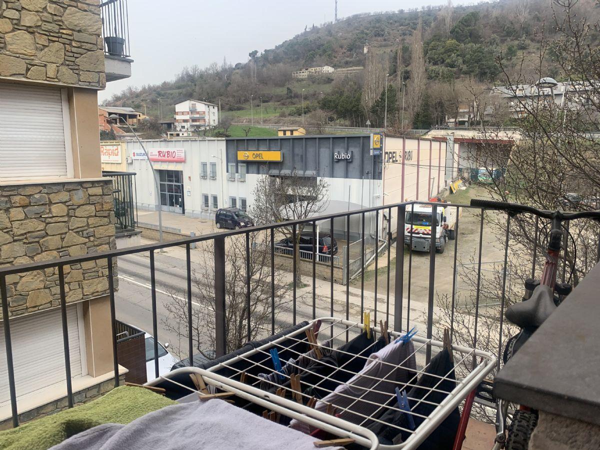 Piso en venta en Piso en la Seu D`urgell, Lleida, 85.000 €, 3 habitaciones, 1 baño, 111 m2