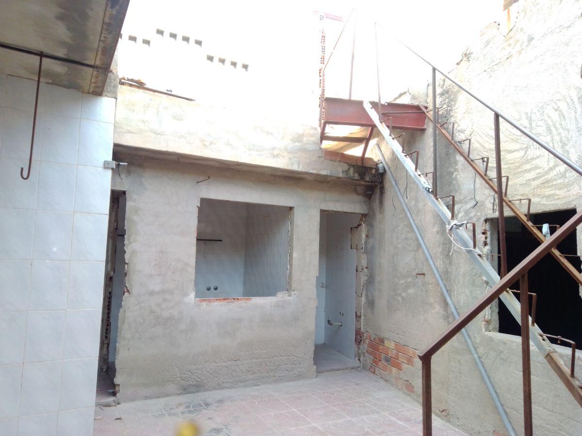 Casa en venta en Casa en Mutxamel, Alicante, 116.500 €, 154 m2