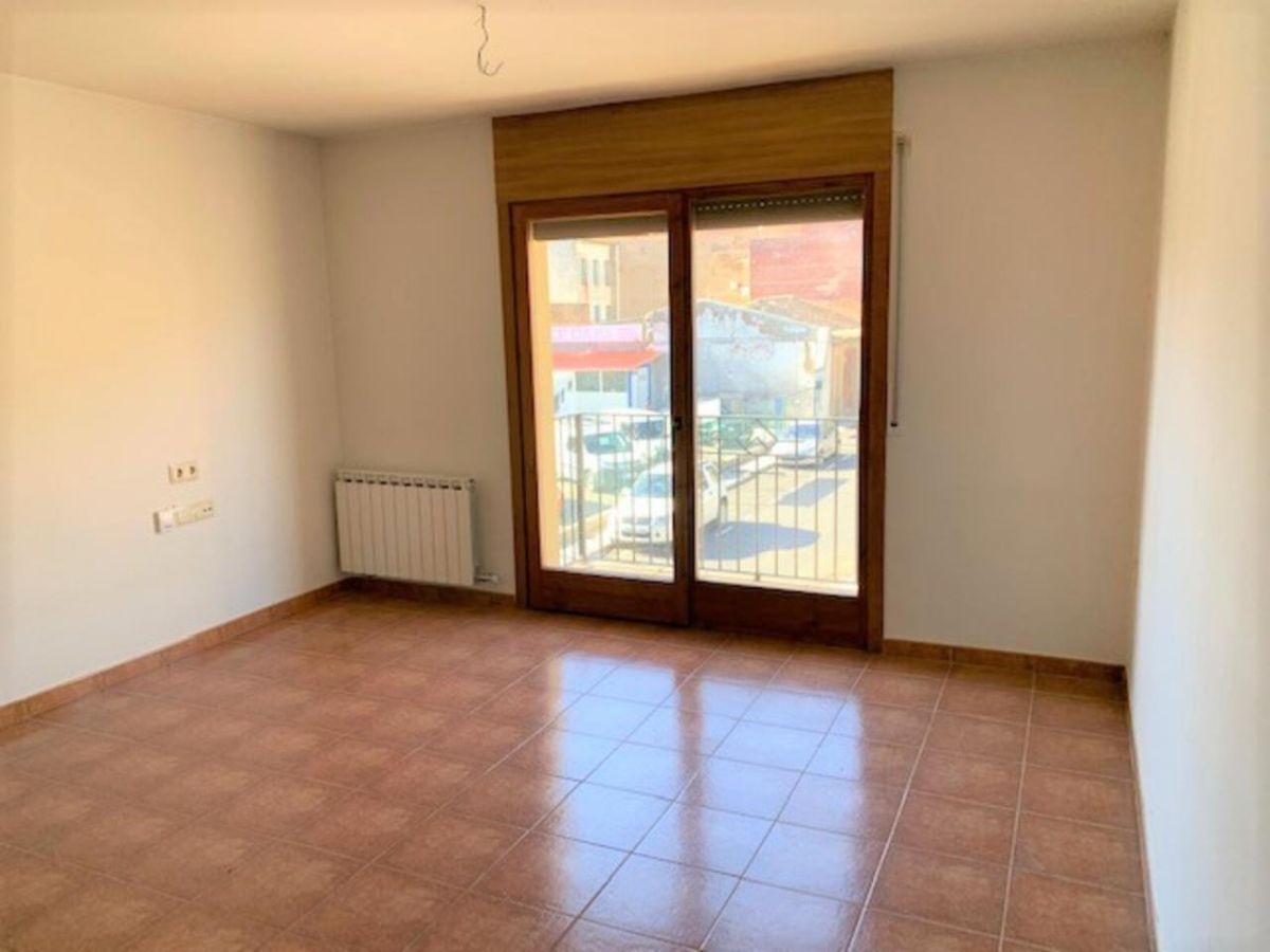 Piso en venta en Piso en Sant Pau de Segúries, Girona, 93.900 €, 77 m2