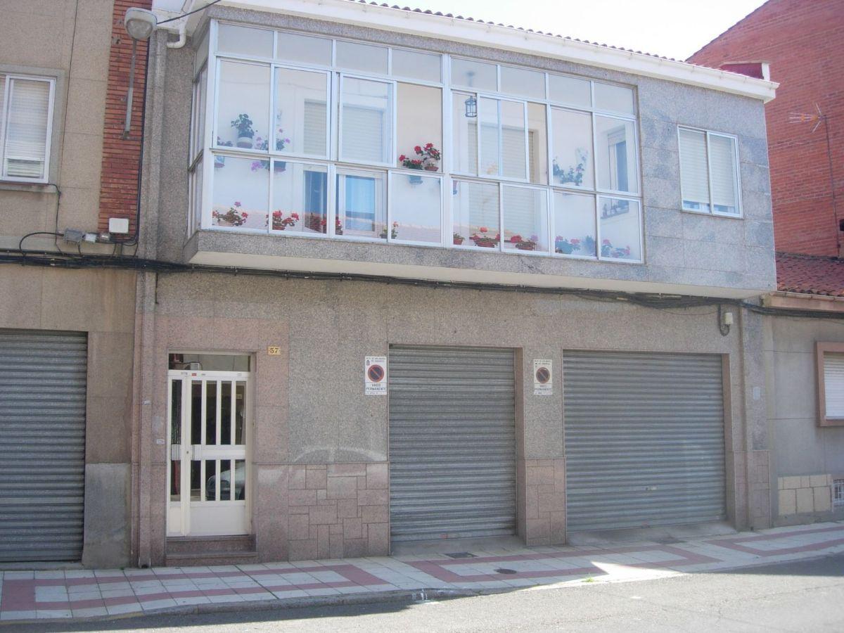 Piso en venta en Piso en San Andrés del Rabanedo, León, 44.291 €, 3 habitaciones, 1 baño, 97 m2