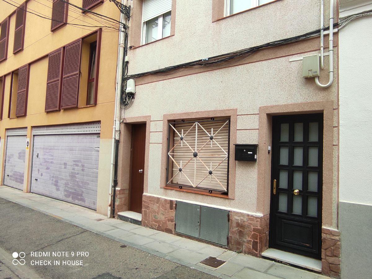Piso en venta en Sant Feliu de Guíxols, Girona, Calle Gorgoll, 89.000 €, 3 habitaciones, 1 baño, 98 m2