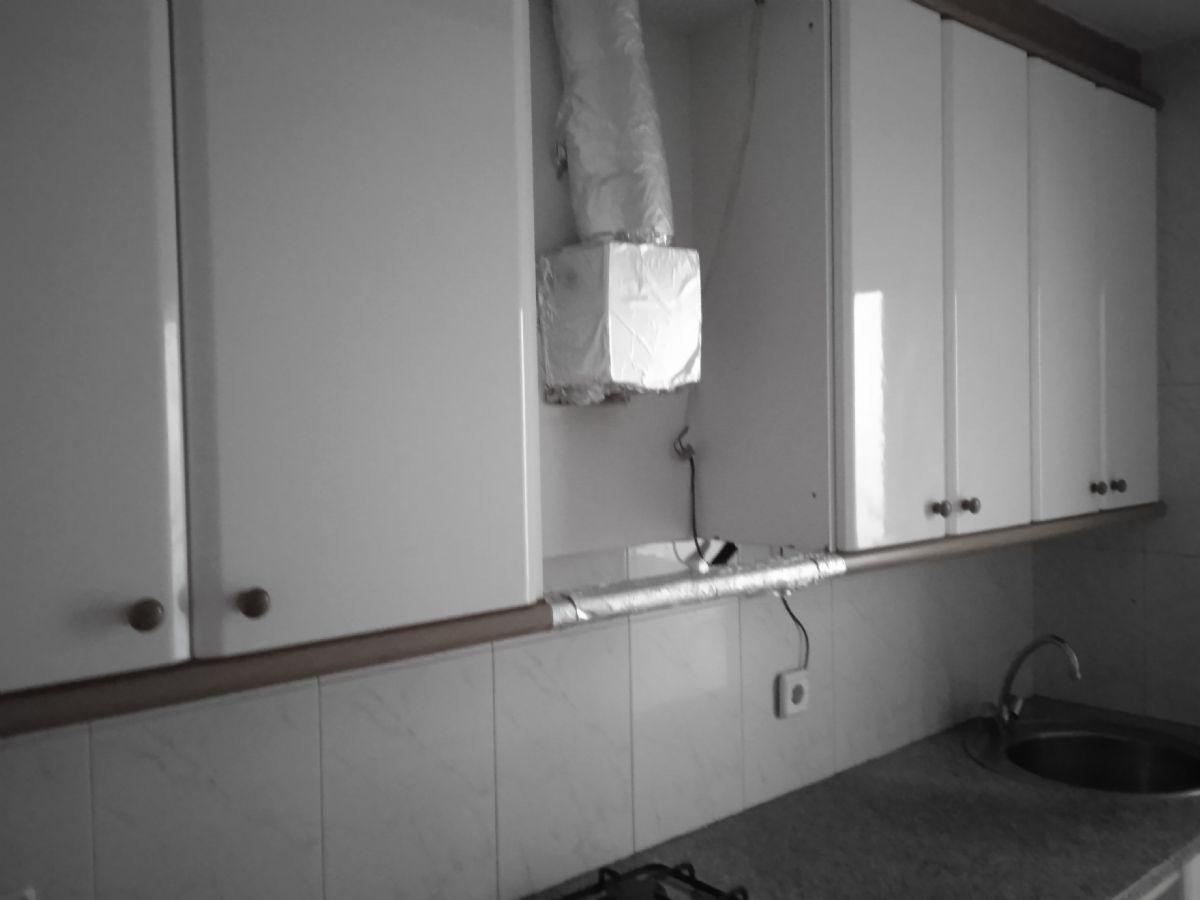 Piso en venta en Mataró, Barcelona, Calle Pascual Madoz, 130.000 €, 3 habitaciones, 1 baño, 71 m2