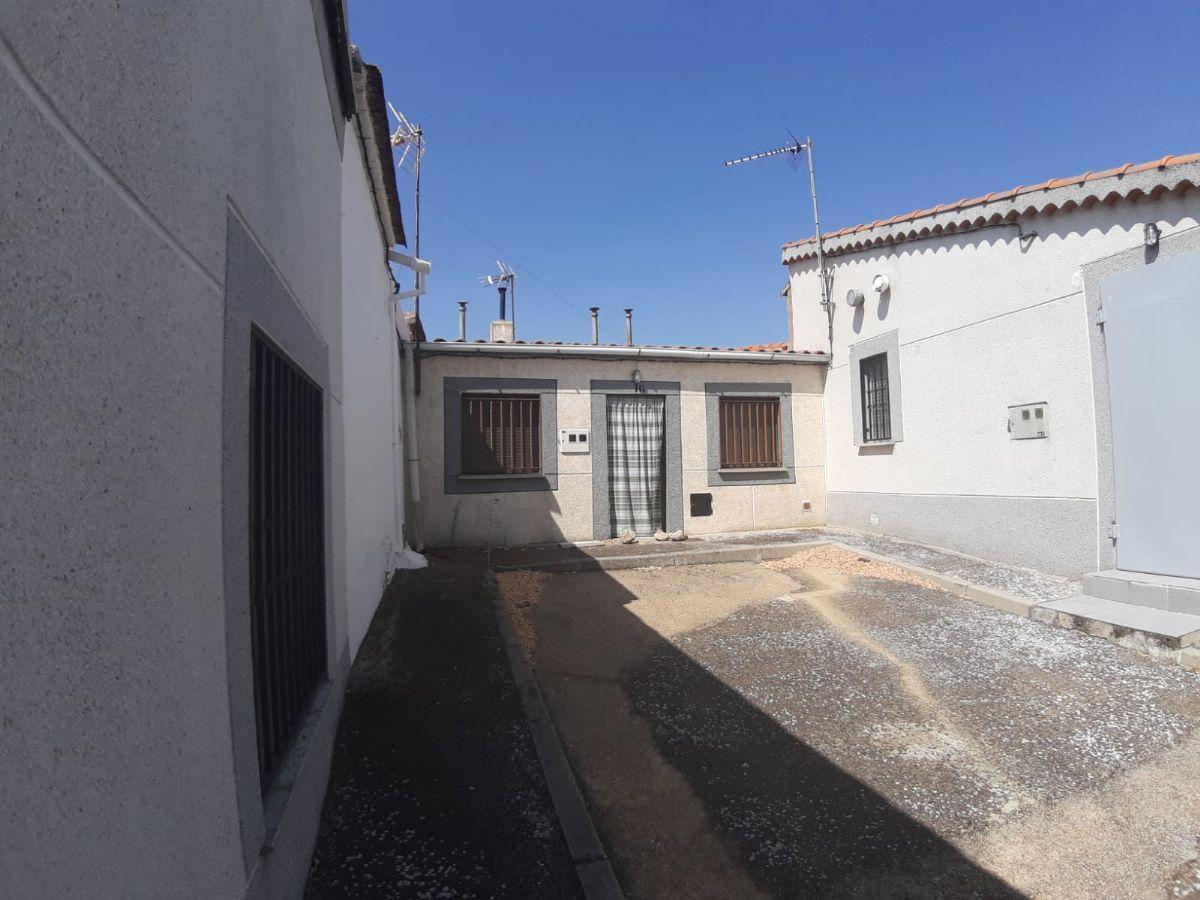 Casa en venta en Buenamadre, Buenamadre, Salamanca, Calle Cuatro, 19.900 €, 1 habitación, 1 baño, 40 m2