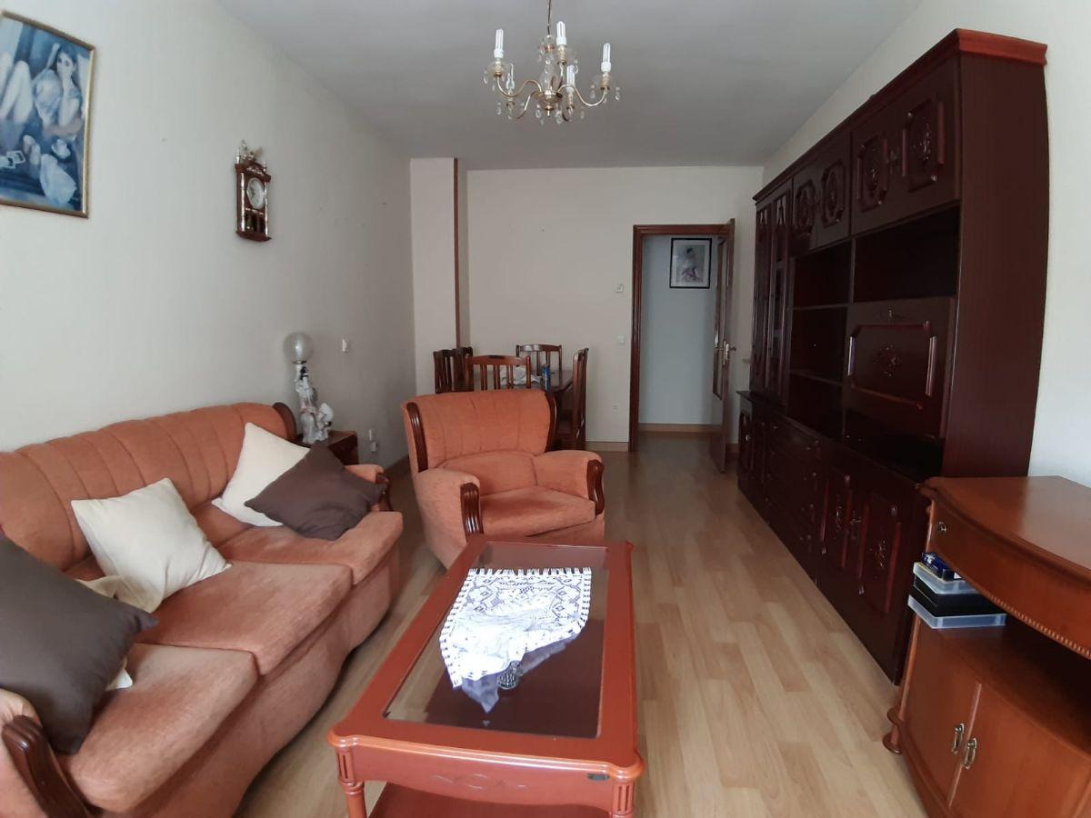 Piso en venta en Chamberí, Salamanca, Salamanca, Calle Sánchez Ruano, 89.900 €, 3 habitaciones, 1 baño