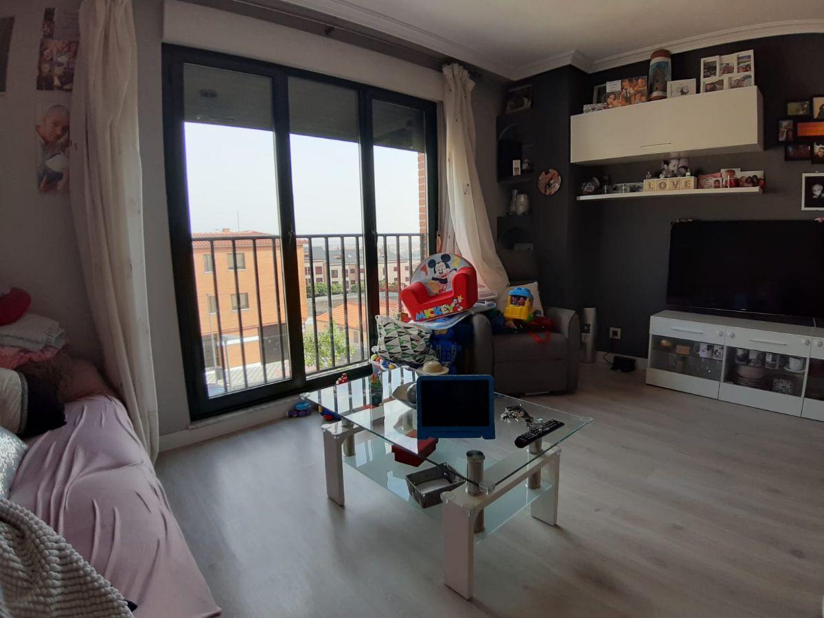 Piso en venta en Pizarrales, Salamanca, Salamanca, Calle Juan Miguel, 100.000 €, 3 habitaciones, 2 baños, 72 m2