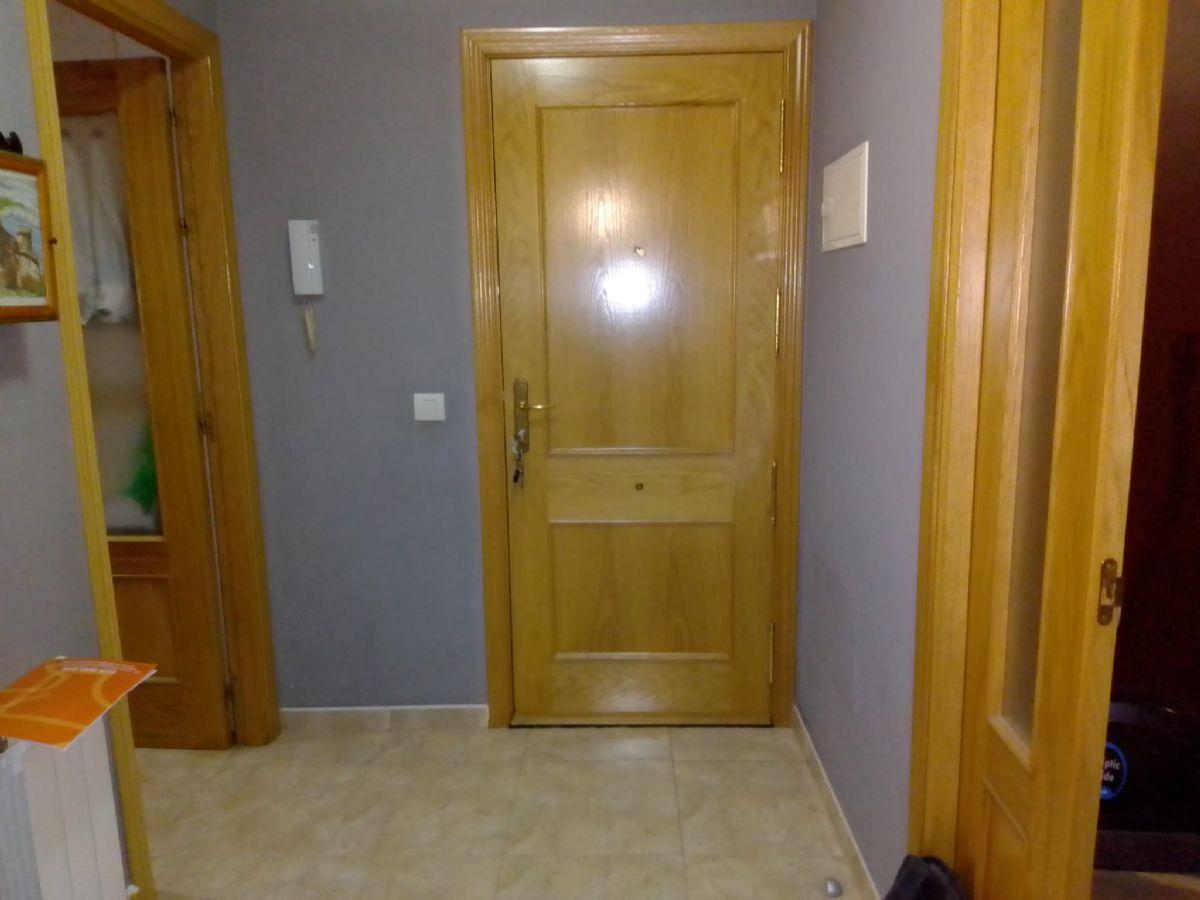 Piso en venta en Piso en Tomelloso, Ciudad Real, 80.000 €, 3 habitaciones, 2 baños, 100 m2