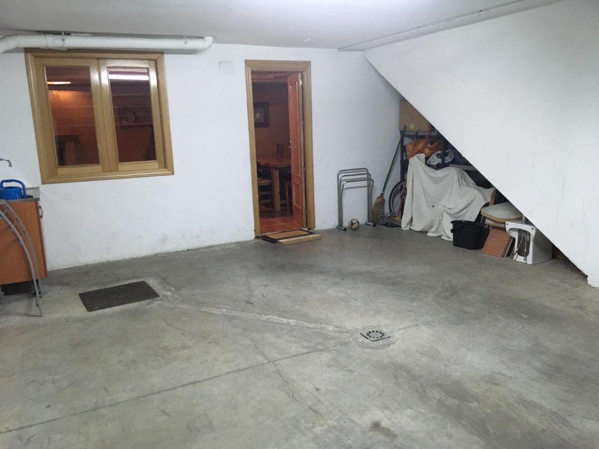 Casa en venta en Casa en Tomelloso, Ciudad Real, 125.000 €, 3 habitaciones, 2 baños, 198 m2