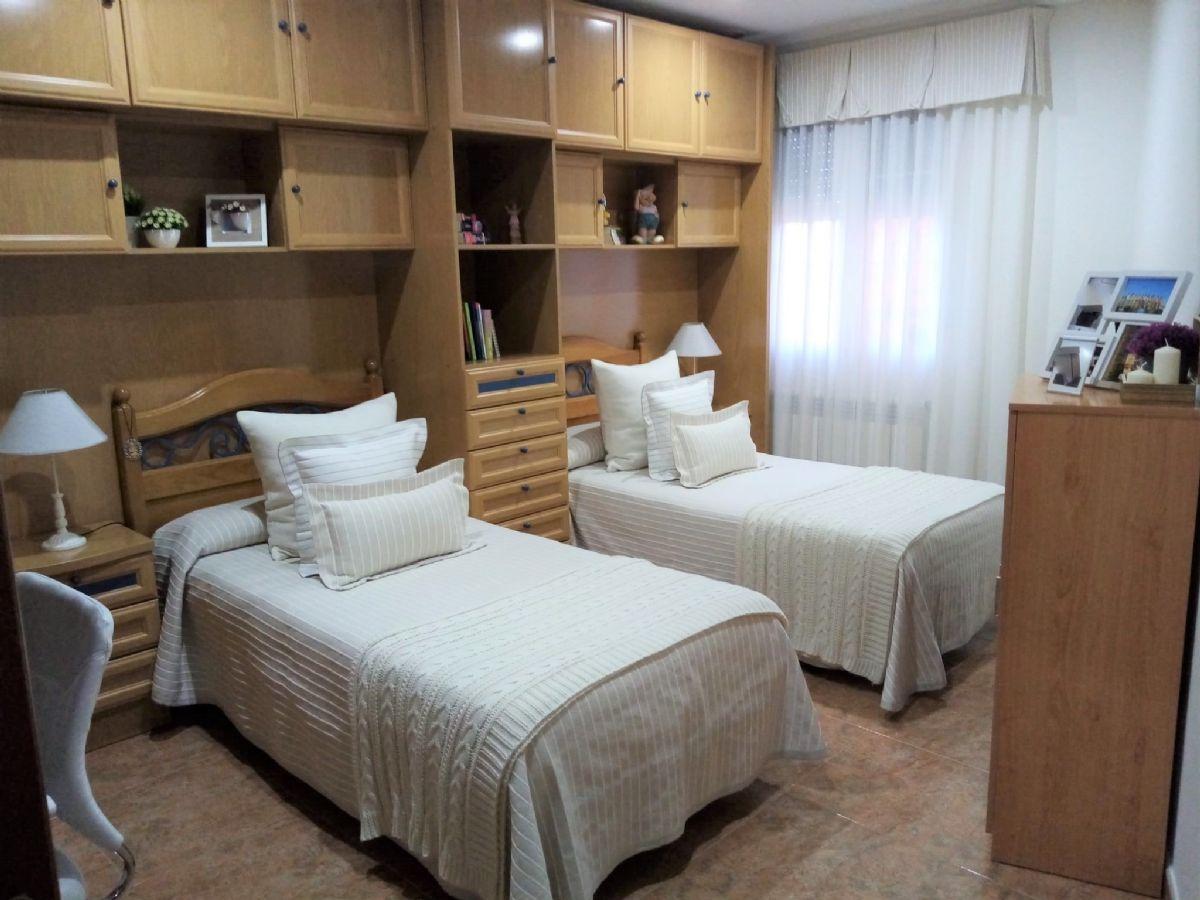 Piso en venta en Piso en Tomelloso, Ciudad Real, 130.000 €, 2 habitaciones, 1 baño, 78 m2