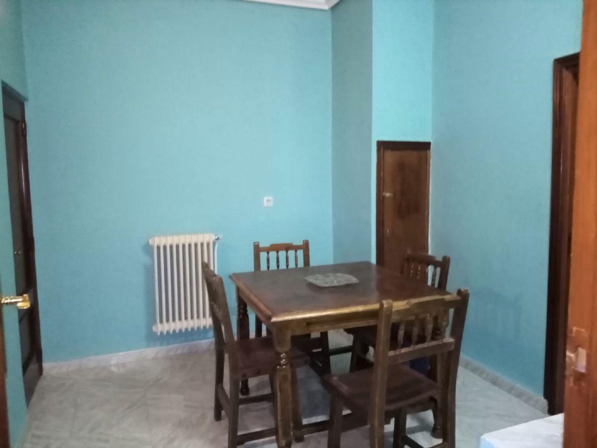 Casa en venta en Casa en Tomelloso, Ciudad Real, 105.000 €, 2 habitaciones, 1 baño, 170 m2