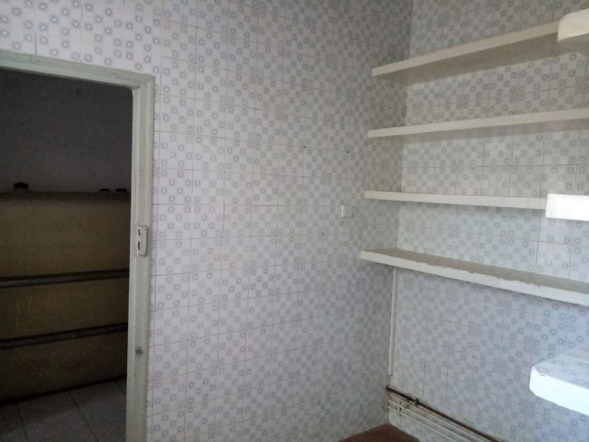 Casa en venta en Casa en Tomelloso, Ciudad Real, 230.000 €, 4 habitaciones, 1 baño, 297 m2