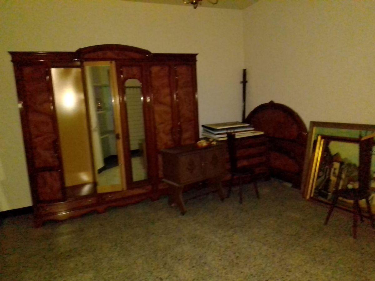 Casa en venta en Casa en Tomelloso, Ciudad Real, 80.000 €, 6 habitaciones, 2 baños, 158 m2