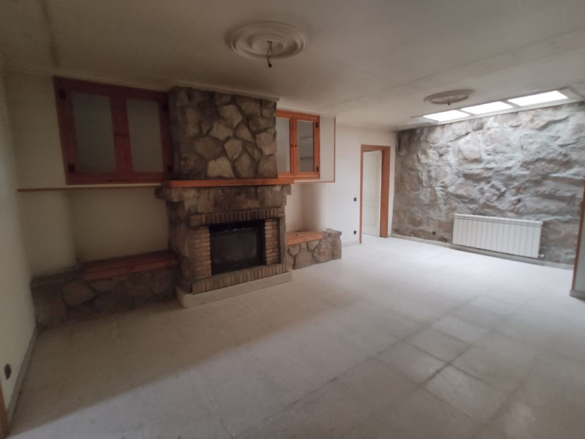 Casa en venta en Vitigudino, Salamanca, Calle Transversal, 215.000 €, 5 habitaciones, 3 baños, 567 m2