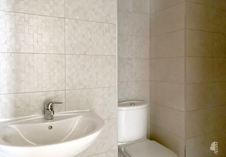 Piso en venta en Piso en Vinaròs, Castellón, 113.000 €, 4 habitaciones, 2 baños, 145 m2