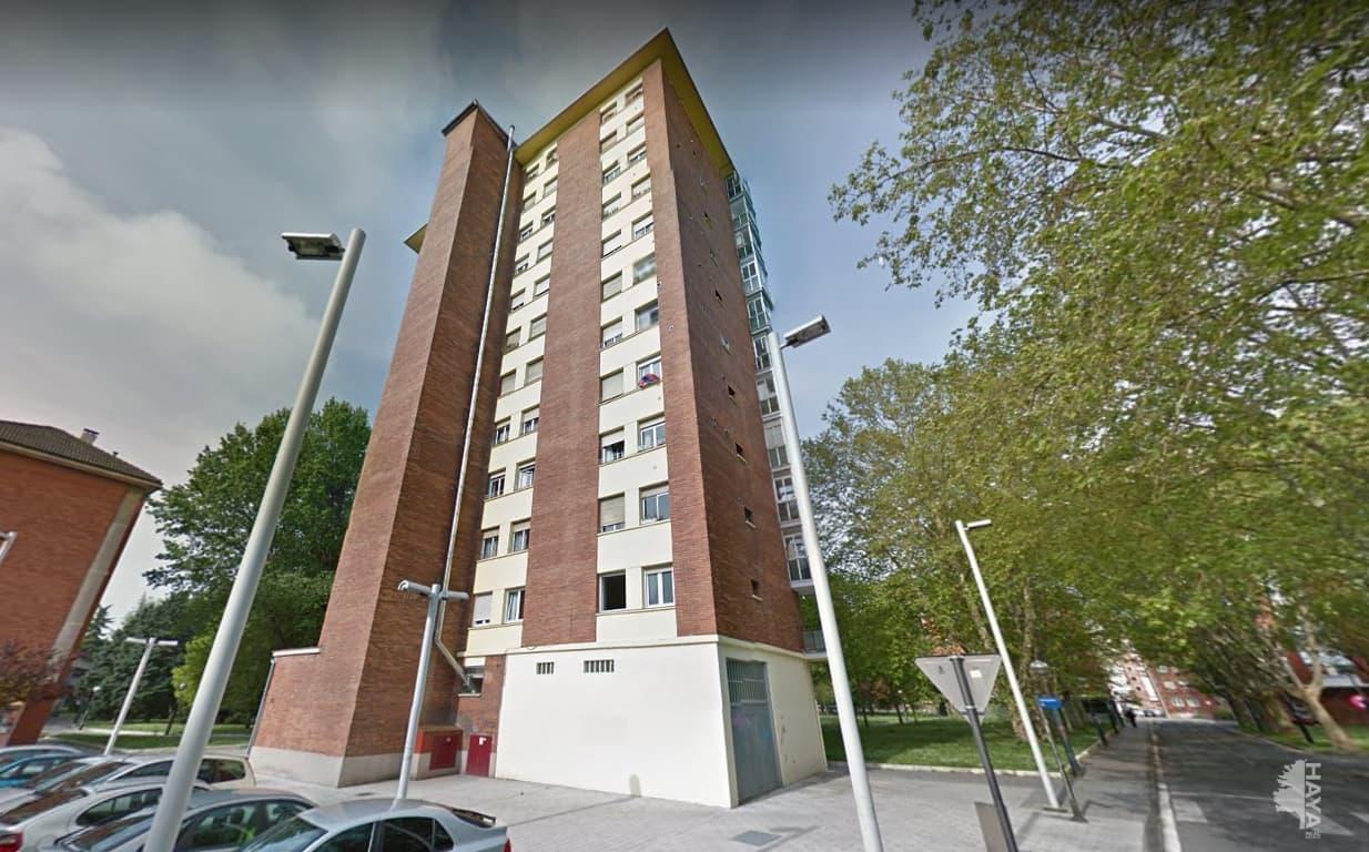 Piso en venta en Zaramaga, Vitoria-gasteiz, Álava, Calle Cuadrilla de Salvatierra-agurain, 119.000 €, 3 habitaciones, 1 baño, 64 m2