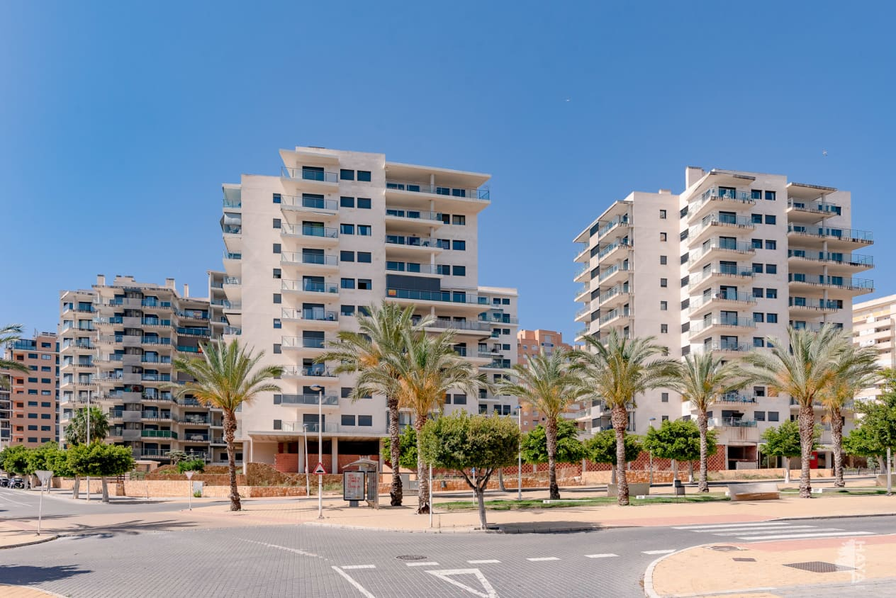 Piso en venta en Cales I Talaies, la Villajoyosa/vila, Alicante, Calle Marinada, 173.000 €, 3 habitaciones, 2 baños, 119 m2