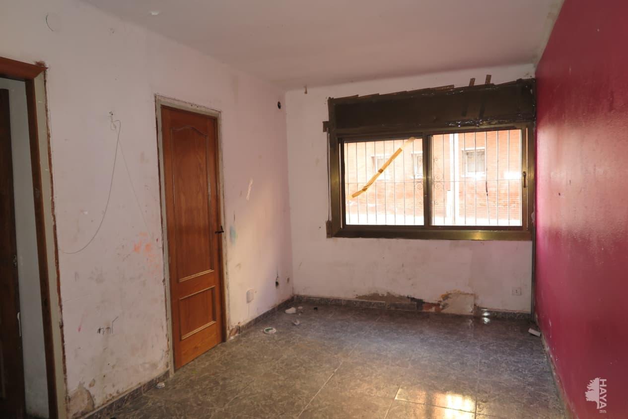 Piso en venta en Piso en Canovelles, Barcelona, 55.100 €, 3 habitaciones, 1 baño, 80 m2