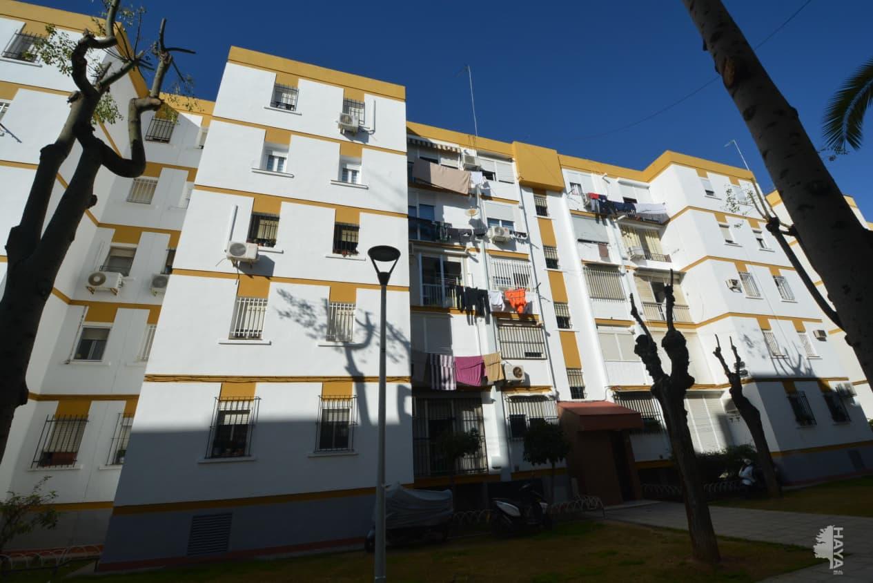 Piso en venta en Casco Antiguo, Sevilla, Sevilla, Calle Cl Herradores, 58.400 €, 3 habitaciones, 1 baño, 77 m2