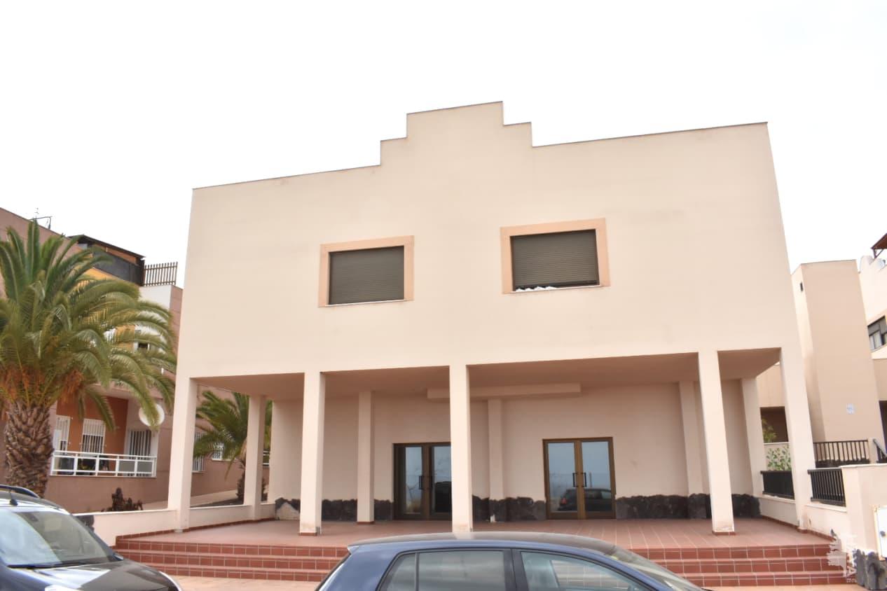 Piso en venta en Piso en Arona, Santa Cruz de Tenerife, 120.000 €, 3 habitaciones, 2 baños, 85 m2